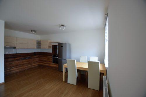 Pronájem bytu 3+kk, 74 m2 s balkonem v Židlochovicích, ulice Joštova